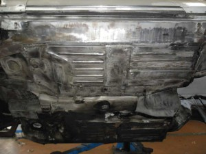Restauration Unterboden Mercedes 230 SL