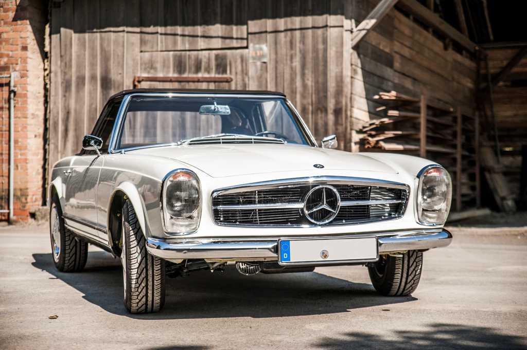 Mercedes Benz W113